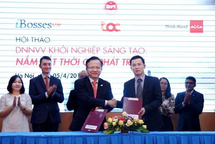 """Bộ KH&ĐT cùng Ibosses Việt Nam và ACCA ký kết chương trình hợp tác mang tên """"Istart"""" (ảnh: Minh Trang)"""