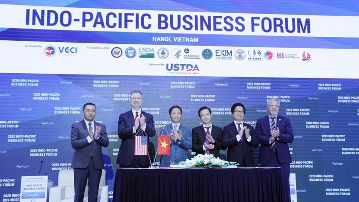 Hội đồng Hạt cốc Hoa Kỳ cam kết hỗ trợ, tư vấn kỹ thuật về công nghệ, máy móc, thiết bị sản xuất ethanol cho Việt Nam