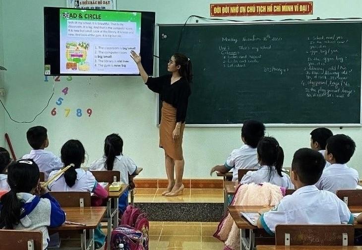 Nhà thầu có hợp đồng tương tự cung cấp thiết bị dạy học với giá trị hơn 2,2 tỷ đồng nhưng chưa đáp ứng yêu cầu của HSMT