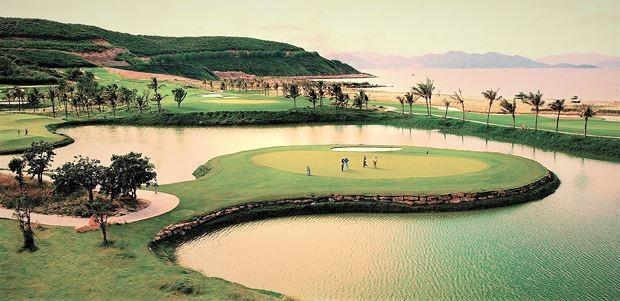 Tập đoàn Trường Thịnh đề xuất đầu tư sân golf 800 tỷ đồng tại Quảng Bình