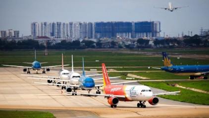 Ngành vận tải hàng không và ngành du lịch có số lao động sụt giảm 30,4%
