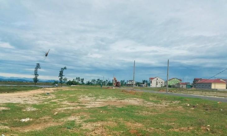 Khu đất Dự án Khu nông thôn mới xã Hội Thủy chưa hoàn thiện hạ tầng, tuy nhiên có thông tin rằng, Công ty TNHH Xuất nhập khẩu Châu Tuấn đã phân lô, nền cấp bìa đỏ cho người dân từ tháng 2/2018 (Ảnh internet)