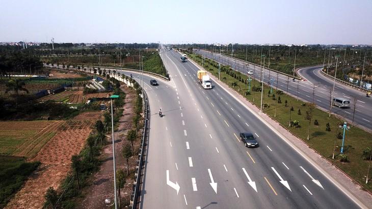 Dự thảo Luật Giao thông đường bộ sửa đổi bổ sung, làm rõ quy định về nguồn tài chính cho đầu tư, quản lý, bảo trì và khai thác đường bộ do Nhà nước đầu tư - ảnh Lê Tiên