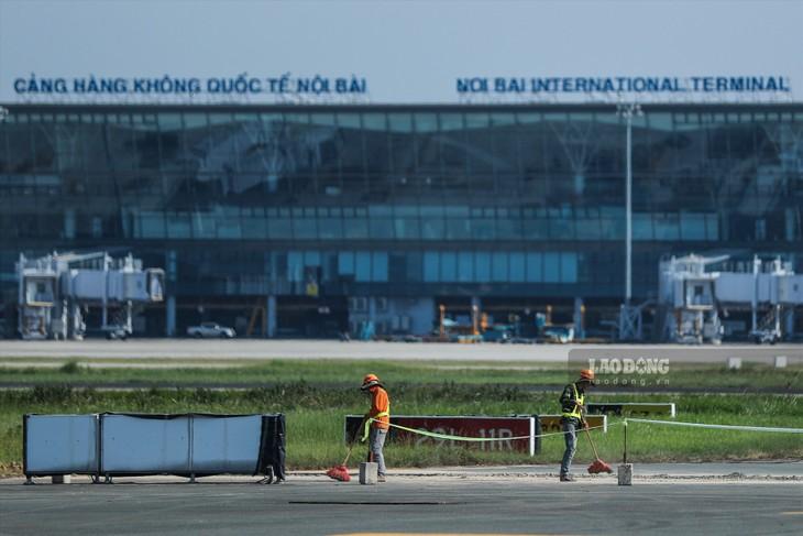 Đảm bảo đủ vốn cho 2 dự án cải tạo, nâng cấp đường băng sân bay Nội Bài và Tân Sơn Nhất