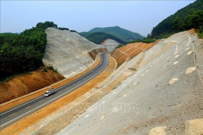 Quảng Trị đề xuất đầu tư xây dựng cao tốc Cam Lộ - Lao Bảo với tổng mức khoảng 7.700 tỷ đồng theo hình thức PPP