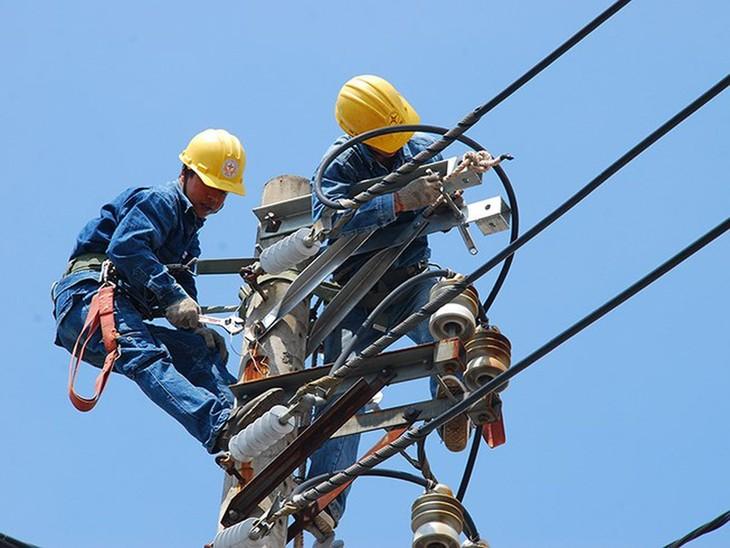 2 gói thầu thuộc Dự án Đường dây mạch 2 Ninh Phước - Tuy Phong - Phan Rí, tỉnh Bình Thuận - Ninh Thuận có giá trị 127,7 tỷ đồng. Ảnh minh họa: Internet