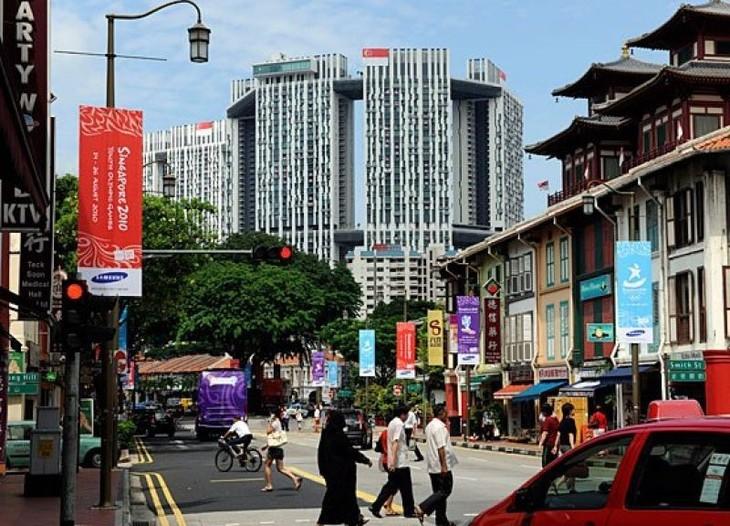 Chính phủ Singapore đã thực hiện chính sách một cơ quan duy nhất chịu trách nhiệm về NƠXH (HDB) để phân bổ và quy hoạch nguồn lực hiệu quả hơn.