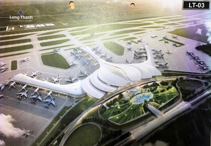Phương án LT-03 với ý tưởng thiết kế nhà ga hành khách hình hoa sen.