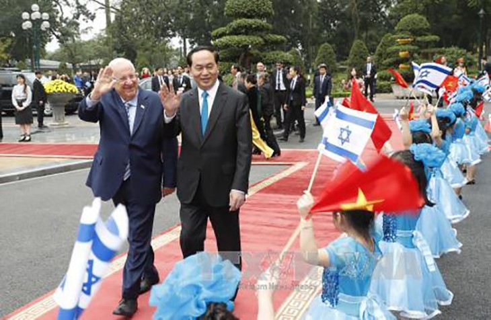 Lễ đón chính thức Tổng thống Israel Reuven R.Rivlin và Phu nhân thăm cấp Nhà nước tới Việt Nam. Ảnh TTXVN