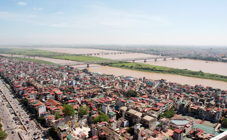 Ông Phạm Quý Tiên khẳng định cho đến thời điểm hiện tại, TP Hà Nội chưa đồng ý cho một đơn vị tư vấn nước ngoài nào tham gia lập quy hoạch phân khu đô thị sông Hồng. Ảnh: Tường Lâm