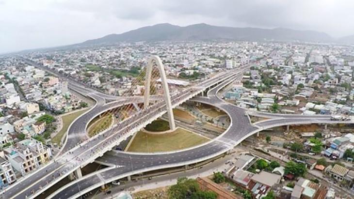Công trình Nút giao thông Ngã ba Huế hoàn thành đưa vào sử dụng vừa xóa điểm đen giao thông vừa tạo điểm nhấn kiến trúc cho đô thị Đà Nẵng.