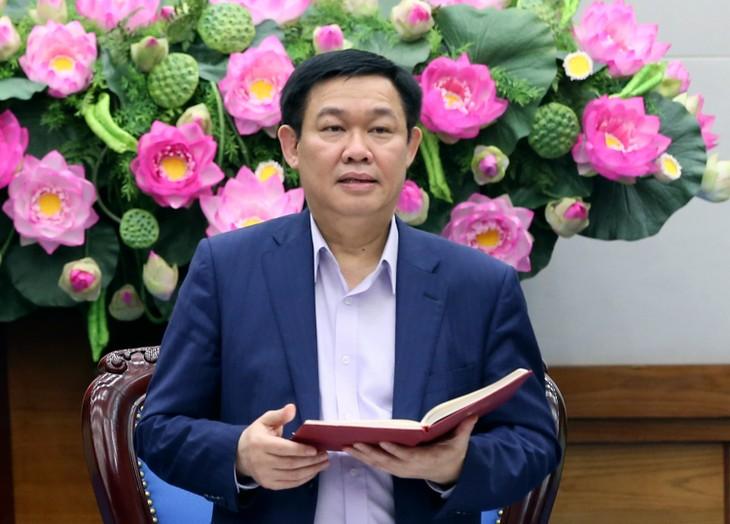 Phó Thủ tướng Vương Đình Huệ phát biểu tại phiên họp. Ảnh VGP