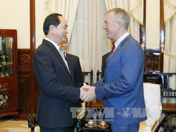 Chủ tịch nước Trần Đại Quang tiếp ngài Ted Osius, Đại sứ đặc mệnh toàn quyền Hợp chúng quốc Hoa Kỳ tại Việt Nam. Ảnh: TTXVN