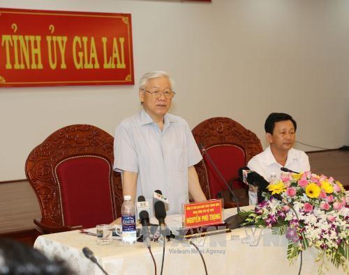 Tại buổi làm việc với lãnh đạo chủ chốt tỉnh Gia Lai, Tổng Bí thư chỉ rõ những thuận lợi cơ bản và cũng là tiềm năng, thế mạnh của tỉnh. Ảnh: TTXVN