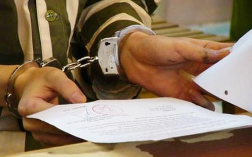 Cử tri cho rằng cần xem xét lại quy định người phạm tội tham nhũng có thể nộp tiền thay án tử hình.