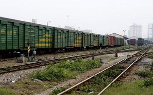Cử tri đề nghị cân nhắc kỹ vay vốn từ Trụng Quốc để đầu tư cho đường sắt.