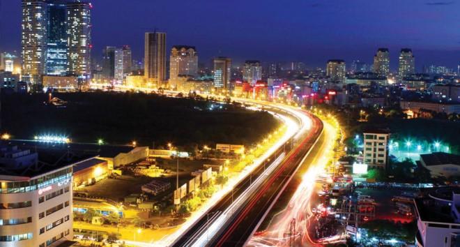 Hạ tầng giao thông phát triển là yếu tố giúp bất động sản phía Tây Hà Nội được nhiều người quan tâm.