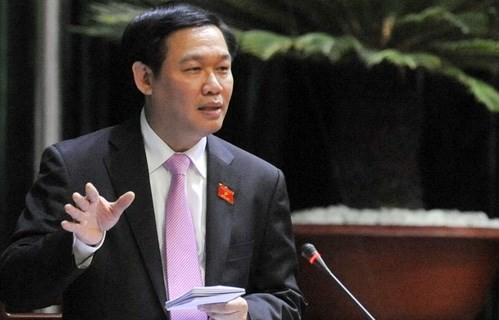 Phó Thủ tướng Vương Đình Huệ, đại biểu Quốc hội tỉnh Hà Tĩnh bày tỏ đồng tình với chủ trương đề cao trách nhiệm người đứng đầu trong xây dựng pháp luật