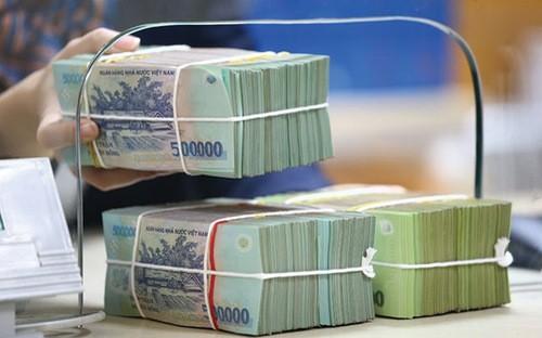 Một báo cáo gần đây của Ngân hàng Nhà nước cho biết, trong quá trình xử lý tồn đọng trước đây, nợ xấu mới vẫn phát sinh do nền kinh tế và hoạt động sản xuất kinh doanh của nhiều doanh nghiệp vẫn khó khăn.