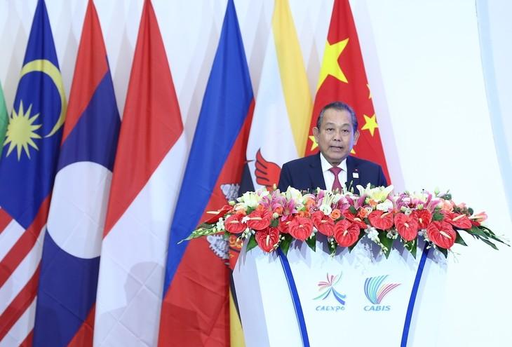 Phó Thủ tướng Trương Hòa Bình phát biểu tại lễ khai mạc CABIS lần thứ 14. Ảnh: VGP