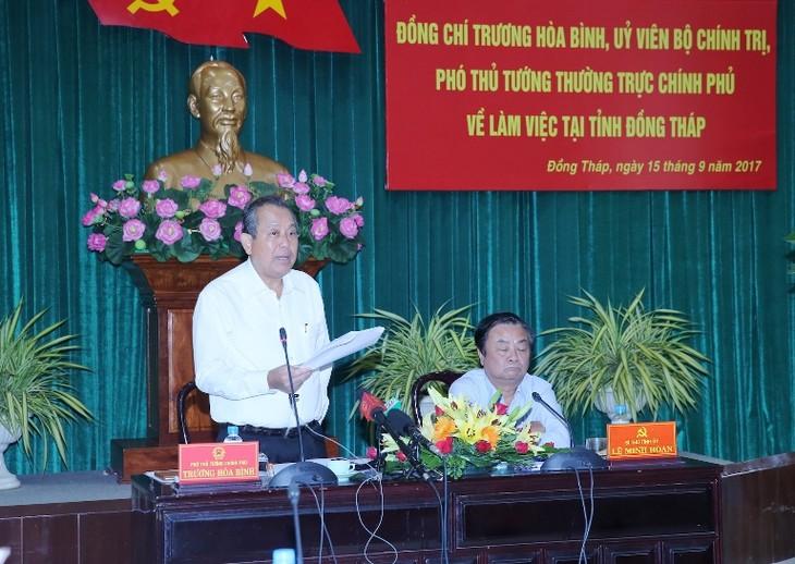 Phó Thủ tướng Trương Hòa Bình phát biểu tại buổi làm việc. Ảnh: VGP
