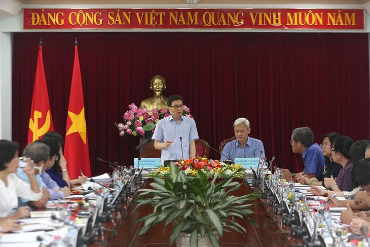 Phó Thủ tướng Vũ Đức Đam làm việc với lãnh đạo tỉnh Đồng Nai. Ảnh: VGP