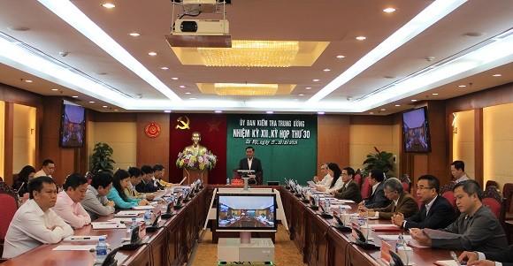 Ủy ban Kiểm tra Trung ương thông báo kết quả Kỳ họp 30