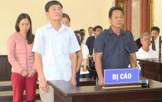 Nguyên 4 cán bộ xã Hưng Công phải hầu tòa vì sử dụng bằng cấp 3 giả