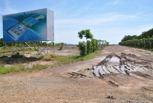 Dự án nhiệt điện Kiên Lương 1 sau chục năm triển khai vẫn là bãi đất trống.