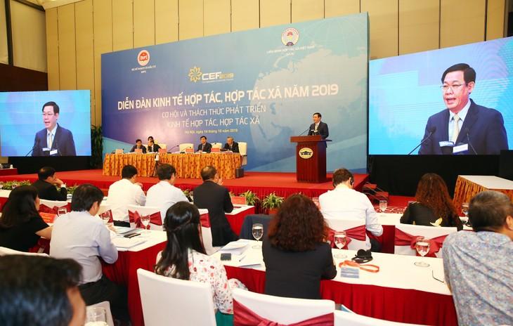 Phó Thủ tướng Chính phủ Vương Đình Huệ phát biểu chỉ đạo tại diễn đàn. Ảnh: Lê Tiên