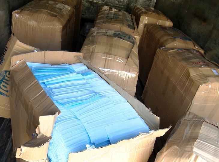 Số khẩu trang bị phát hiện không rõ nguồn gốc xuất xứ.