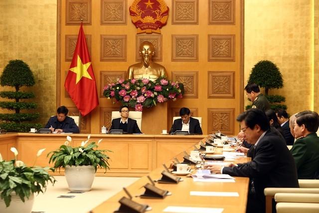Ban chỉ đạo quốc gia về phòng chống dịch Covid-19 họp sáng 6/3, quyết định bắt buộc khai báo y tế với mọi hành khách nhập cảnh vào Việt Nam.