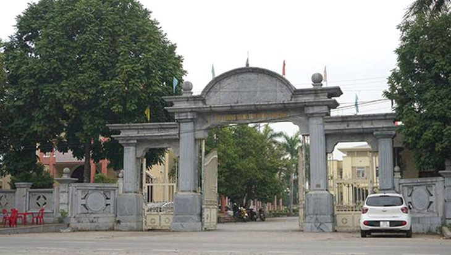 Cổng trung tâm hội nghị huyện Yên Định.