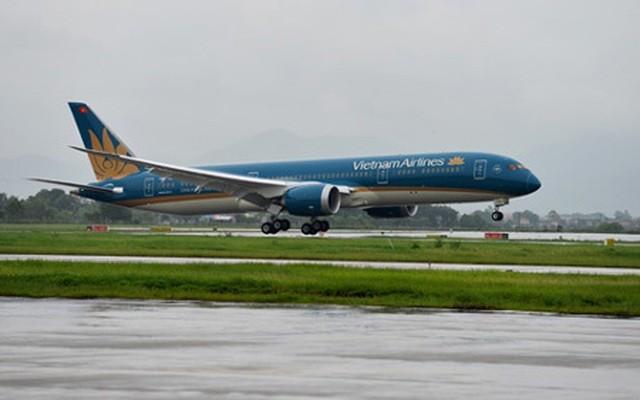 """Các chuyến bay về Hà Nội được """"lệnh"""" tạm dừng hạ cánh xuống sân bay Nội Bài từ 0h ngày 26/3"""