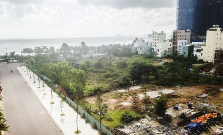 """Khu đất K200 nằm sát biển Quy Nhơn được ví là đất """"vàng"""" từng được giao cho liên doanh nhà đầu tư, trong đó có doanh nghiệp của con ông Trần Bắc Hà."""