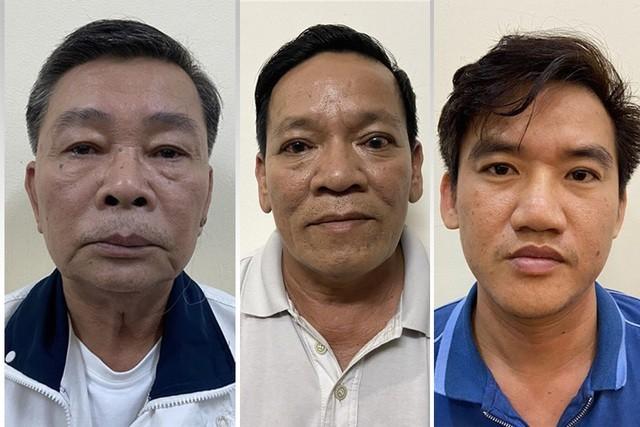 Các bị can từ trái qua, gồm: Bùi Thế Sơn, Trần Văn Tấn và Đặng Bình Anh Trọng.