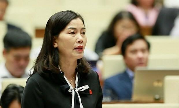 Bà Nguyễn Thị Xuân phát biểu tại nghị trường. Ảnh: Trung tâm báo chí Quốc hội.