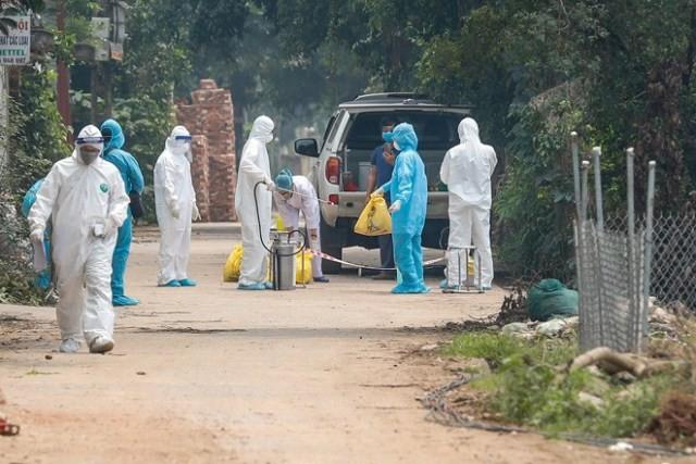 Khẩn trương phòng chống dịch COVID-19 tại Hạ Lôi, Mê Linh, Hà Nội.