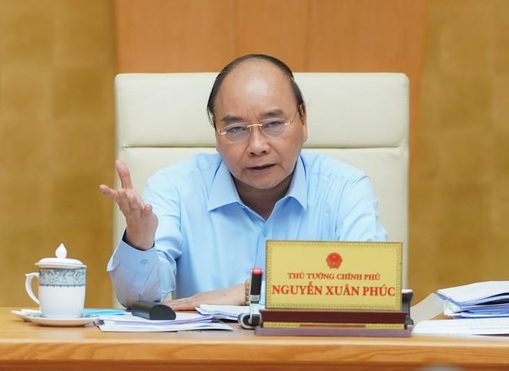 Thủ tướng Nguyễn Xuân Phúc chủ trì cuộc họp Ban Chỉ đạo điều hành giá. Ảnh: VGP