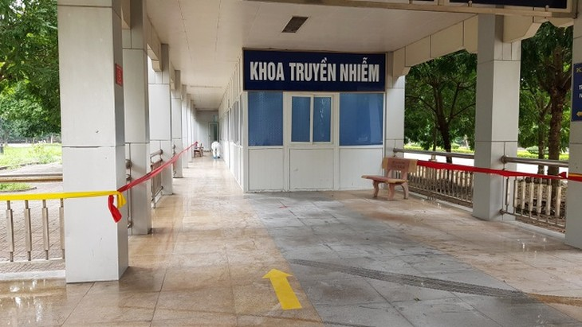 Khoa truyền nhiễm, BVĐK tỉnh Ninh Bình nơi đang điều trị ca mắc Covid-19 số 166.