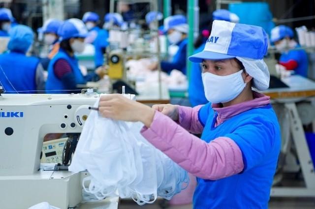 Việt Nam xuất khẩu hơn 415 triệu chiếc khẩu trang, trong đó xuất thương mại 88,19 triệu chiếc, chiếm 21%