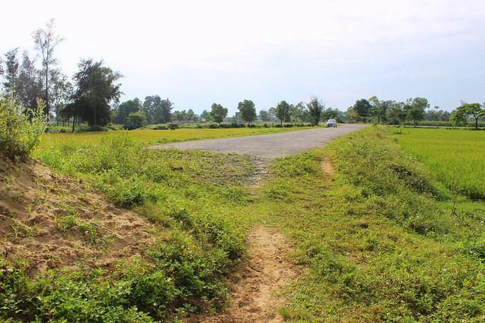 Đoạn đường nối từ thôn Hợp Giáp ra biển xã Xuân Yên bị cụt.