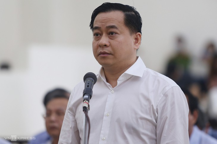 Phan Văn Anh Vũ tại phiên toà sáng 9/5