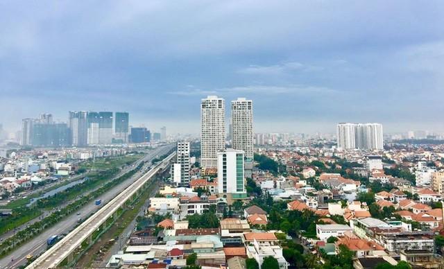 Dịch bệnh được kiểm soát tốt ở Việt Nam. Thị trường bất động sản rục rịch khởi động trở lại. Tuy nhiên những khó khăn của thị trường chưa thể một chốc, một lát có thể tan biến ngay.