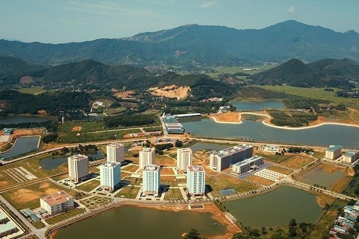 Đô thị vệ tinh Hoà Lạc.