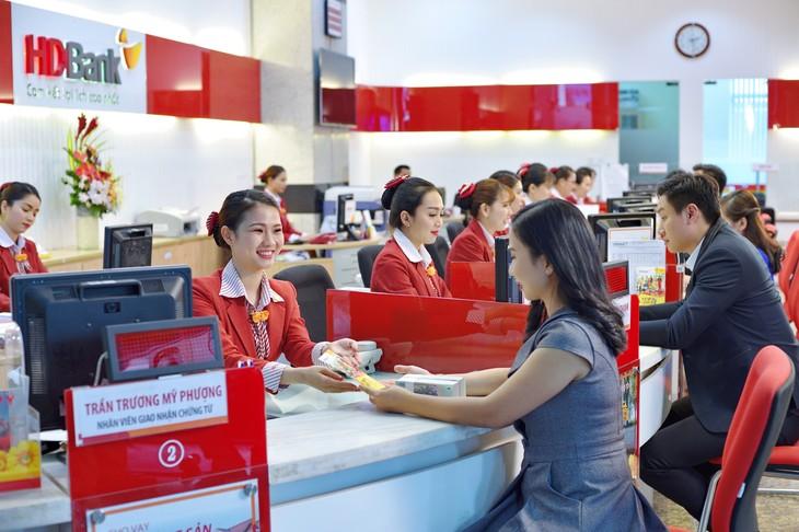 Giao dịch mọi lúc mọi nơi với tài khoản doanh nghiệp online của HDBank