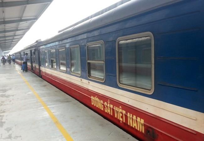 Tổng công ty đường sắt VN dự tính lỗ gần 1.400 tỷ đồng trong năm nay.