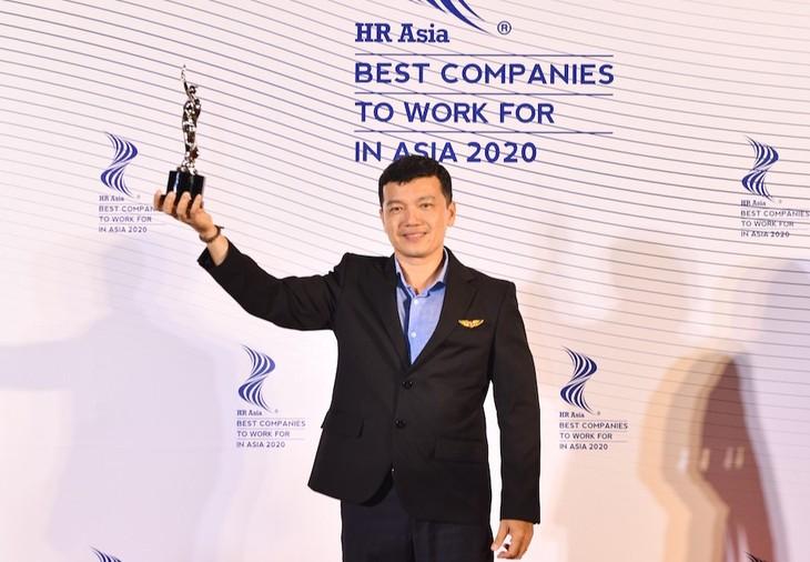 """Vietjet lần thứ 2 nhận được giải thưởng """"Nơi làm việc Tốt nhất châu Á"""""""