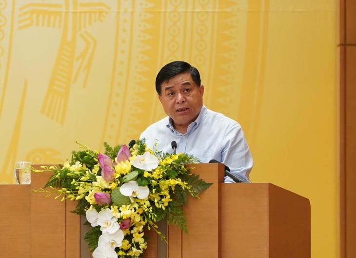 Bộ trưởng Nguyễn Chí Dũng phát biểu tại hội nghị Chính phủ với địa phương. Ảnh VGP