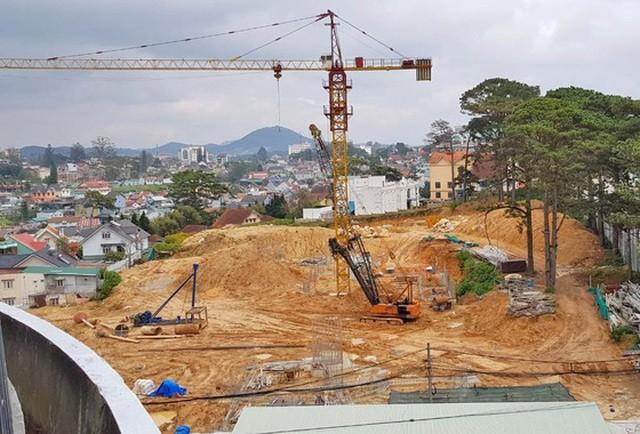 Công trình xây dựng không có giấy phép tại số 1, đường Hùng Vương, phường 10, TP Đà Lạt (Ảnh: Sài Gòn Giải phóng)